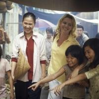 Christina Noble, l'histoire poignante d'une femme engagée dans l'humanitaire