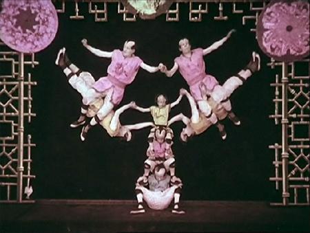 les-kiriki-acrobates-japonais